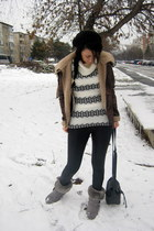 off white knit fair isle H&M sweater - silver leather fur Ugg boots