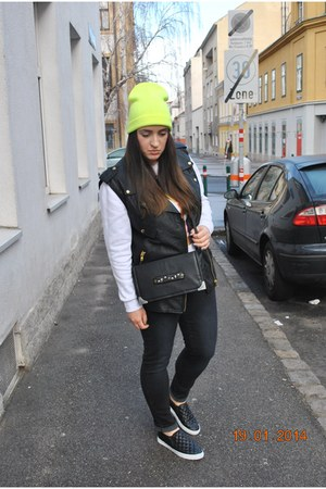 Forever 21 vest - Mango jeans - Tally Weijl hat - clockhouse bag