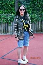 diy ripped Levis 501 jeans - camo Primark jacket - flea market shirt