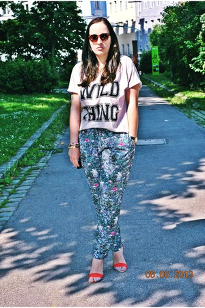 boyfriend Primark shirt - pieces bag - H&M sunglasses - H&M pants