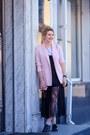 Light-pink-stradivarius-jacket-maroon-valentino-bag-black-givenchy-t-shirt