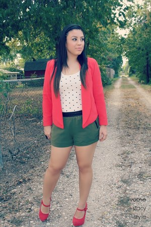 army green Forever 21 shorts - ruby red Forever 21 blazer
