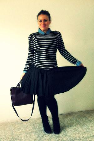 black Zara jumper - crimson Parfois bag