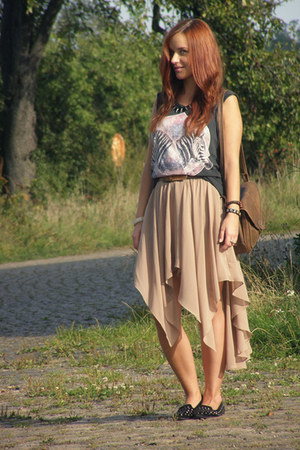 chiffon GINA TRICOT skirt - camel Secondhand bag - zebras no name t-shirt