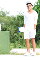 Zara shirt - Boy London hat - Zara shorts - Vans sneakers