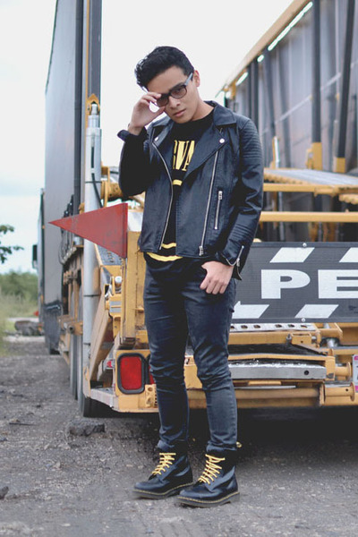 Dr Martens boots - Zara jeans - leather romwe jacket - nirvana thift t-shirt