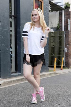 black One Way shorts - white I Like Wolves t-shirt