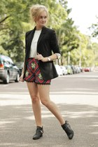 black cotton on blazer - red sabo skirt shorts - silver 1989 top