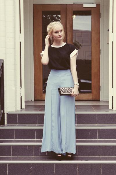 black Millie Love Min t-shirt - light blue asos pants