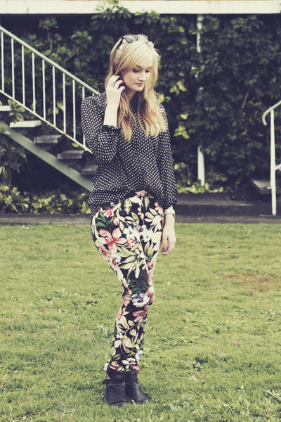 black Kmart blouse - pink Sunny Girl pants