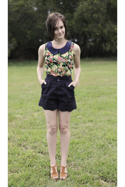 navy Ally Fashion shorts - yellow unknown top