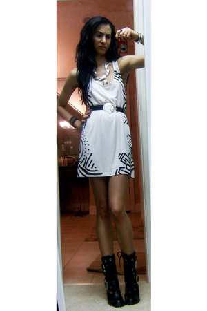 f21 dress - belt - Bongo boots - f21 necklace