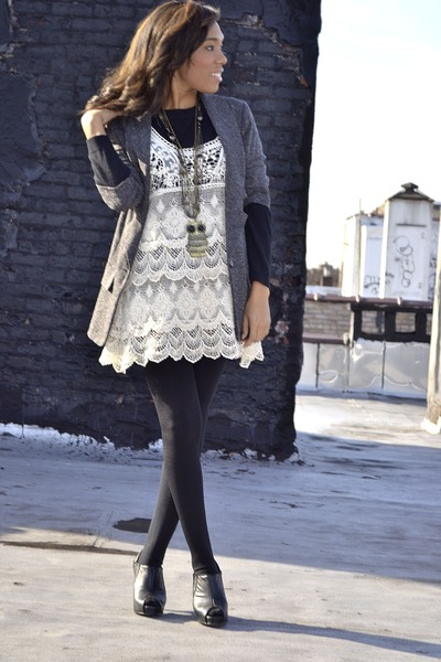 Eggshell Lace Dresses Black Turtleneck Sweaters Brown Cropped