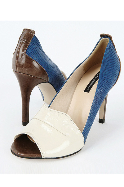 Orange-flower heels
