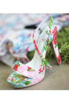 Vividress heels