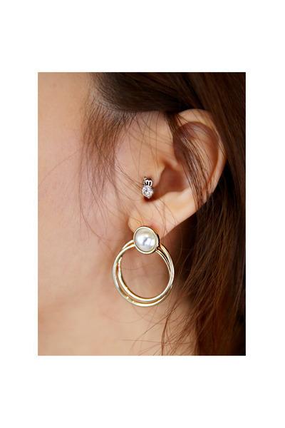 JAMYTomnrabbit earrings