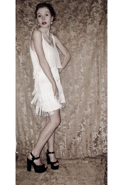 White Flapper American Eagle Dresses Black Forever21 Heels Party