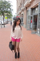 hot pink H&M shorts - cream Forever 21 blouse