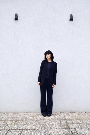navy elegant second hand jacket - black flatform Even&Odd boots
