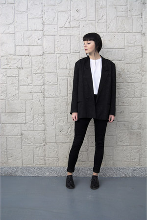 black menswear no name shoes - black Secondhand jacket - white Secondhand top