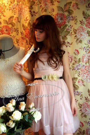 yellow flower self-made belt - pink ballerina H&amp;M dress