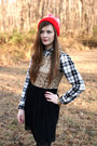 Red-the-current-hat-old-navy-shirt-stella-dot-necklace