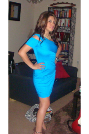 blue Nordstrom dress - white Forever21 necklace - brown Rampage shoes