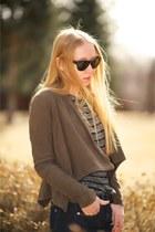 light brown suede Muubaa jacket - navy skinny High rise jeans