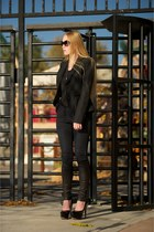 black Prada shoes - black Rock & Republic blazer - black Alice  Olivia leggings