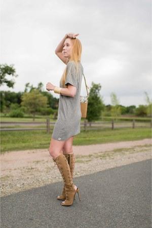 heather gray t-shirt ever dress - camel knee Giuseppe Zanotti boots
