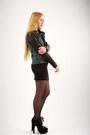 Black-alaia-boots-black-lna-dress-black-helmut-lang-jacket-black-back-seam