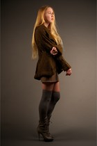 light brown haute hippie skirt - charcoal gray madewell socks - heather gray Jea