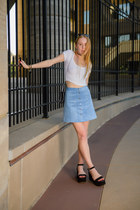 sky blue button H&M skirt - black choker Urban Outfitters necklace