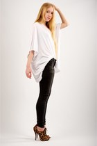 brown Christian Louboutin boots - dark gray Bleulab jeans - white square tee Eli