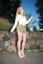 green Alice  Olivia shorts - white Equipment shirt - beige LAMB shoes - green Je
