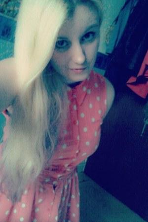pink Dorothy Perkins dress