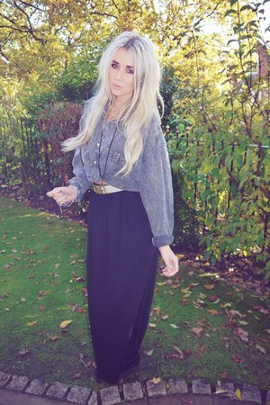 dark gray Urban Outfitters shirt - black Primark skirt