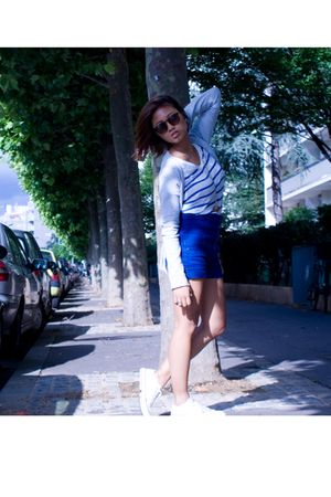 blue Bershka shorts - white Zara t-shirt