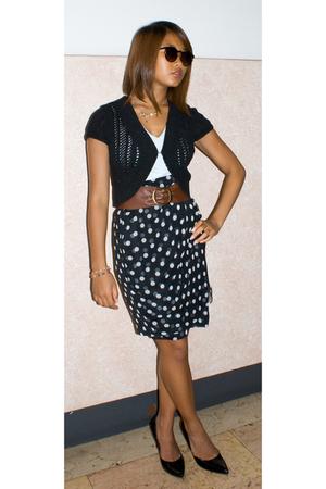H&M vest - havana top - H&M belt - My moms skirt - lolita shoes - H&M necklace