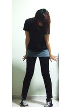 Bossini t-shirt - cotton on - jeans - Converse shoes