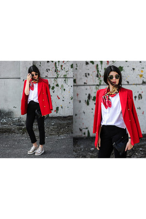 red vintage blazer - gold Heine shoes - black Maas Natur pants