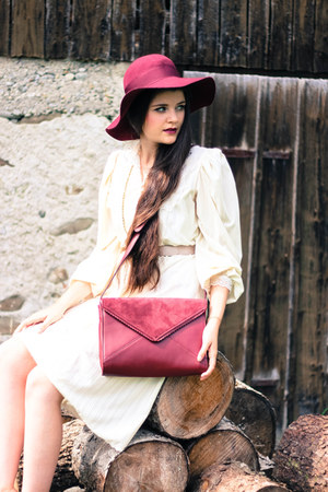 leather Peter Hahn bag