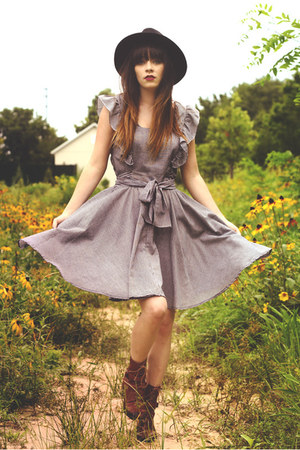 vintage hat - Samantha Pleet boots - vintage dress