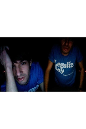 blue American Apparel t-shirt