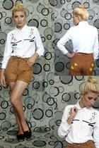white blouse - black shoes - brown shorts