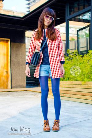 red cotton Uniqlo coat