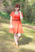 carrot orange cotton eShakti dress - ivory floral print Look From London tights