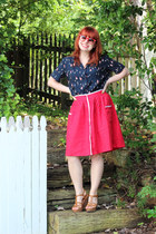 red wayfarer so sunglasses - red linen Forever 21 skirt