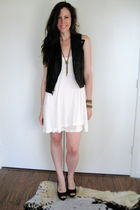 black Theory vest - white madewell dress - gold madewell necklace
