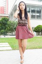 pink top - magenta Bayo skirt - bronze Parisian flats
